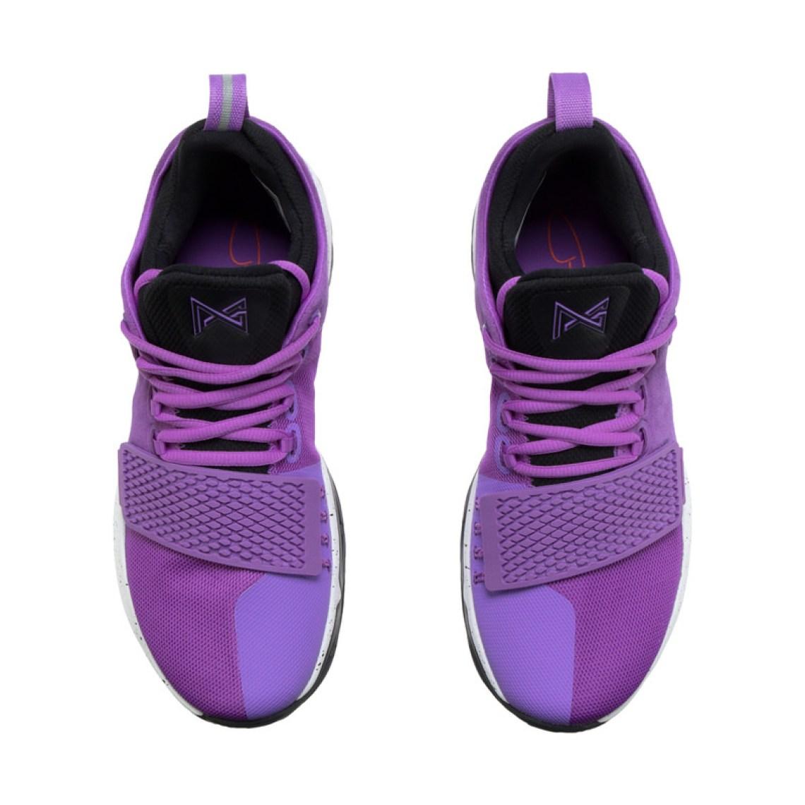 6c5ef1adcaf8 Nike PG1
