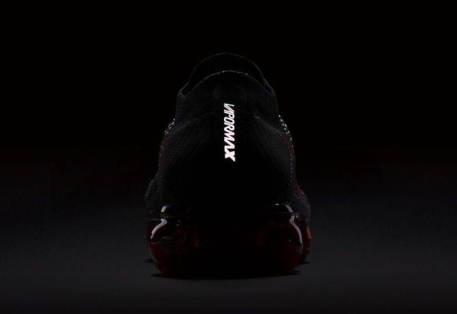 Nike Air VaporMax Black/Red