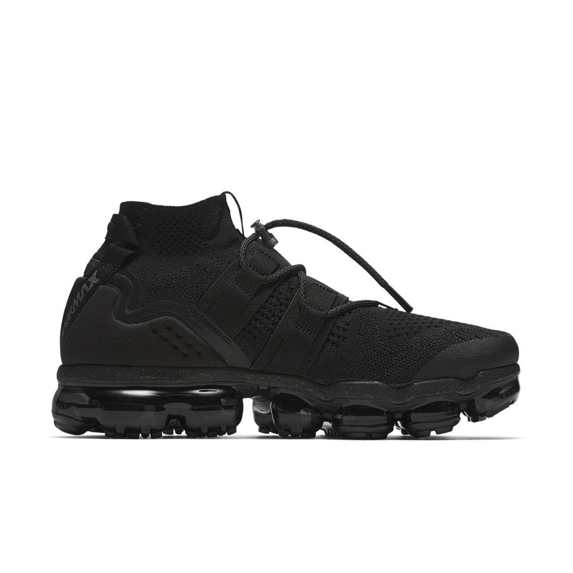 Nike Air Vapormax Flyknit Triple Black