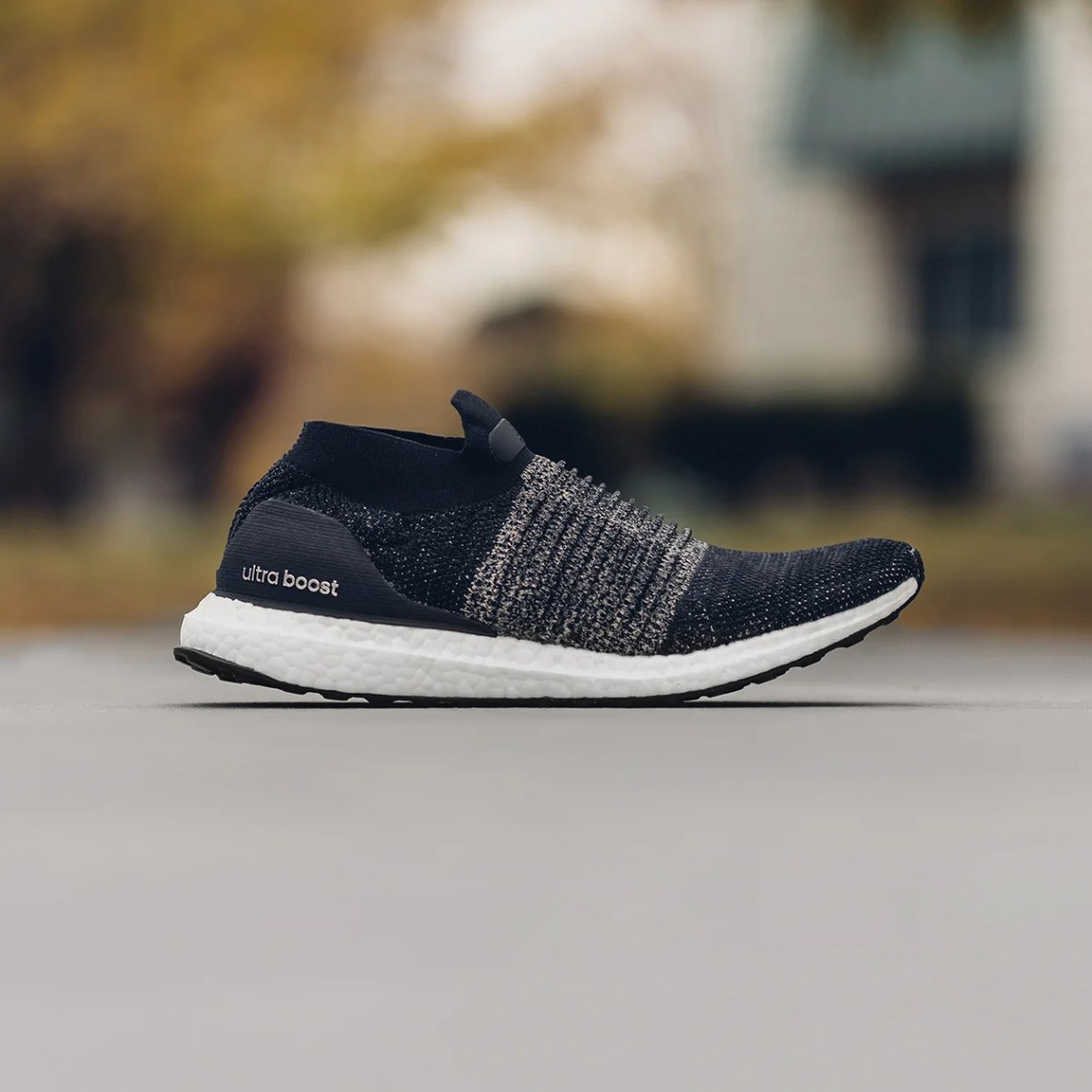 reputable site 7e04f d1795 Adidas UltraBoost Laceless