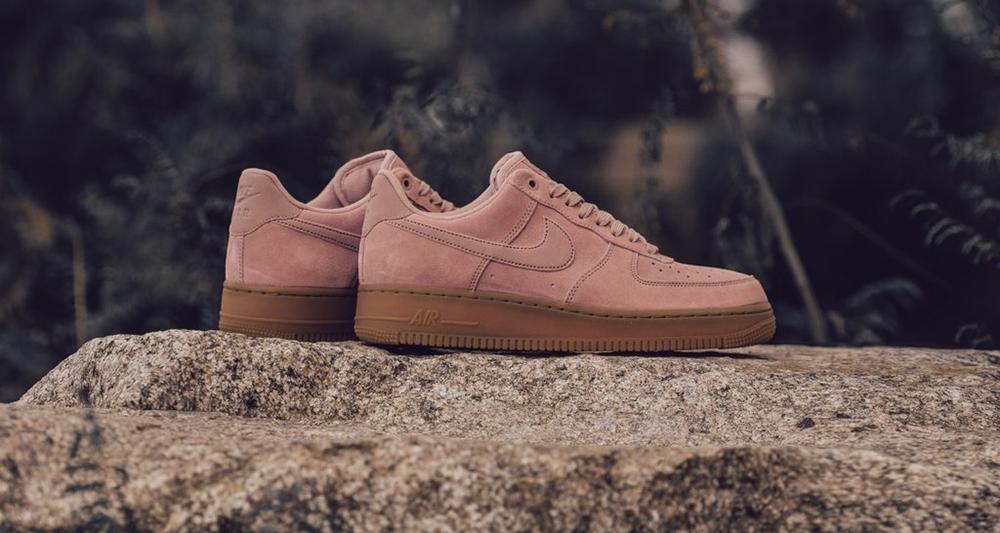 chaussures de séparation 27e6f a1abc Nike Air Force 1 Low Suede