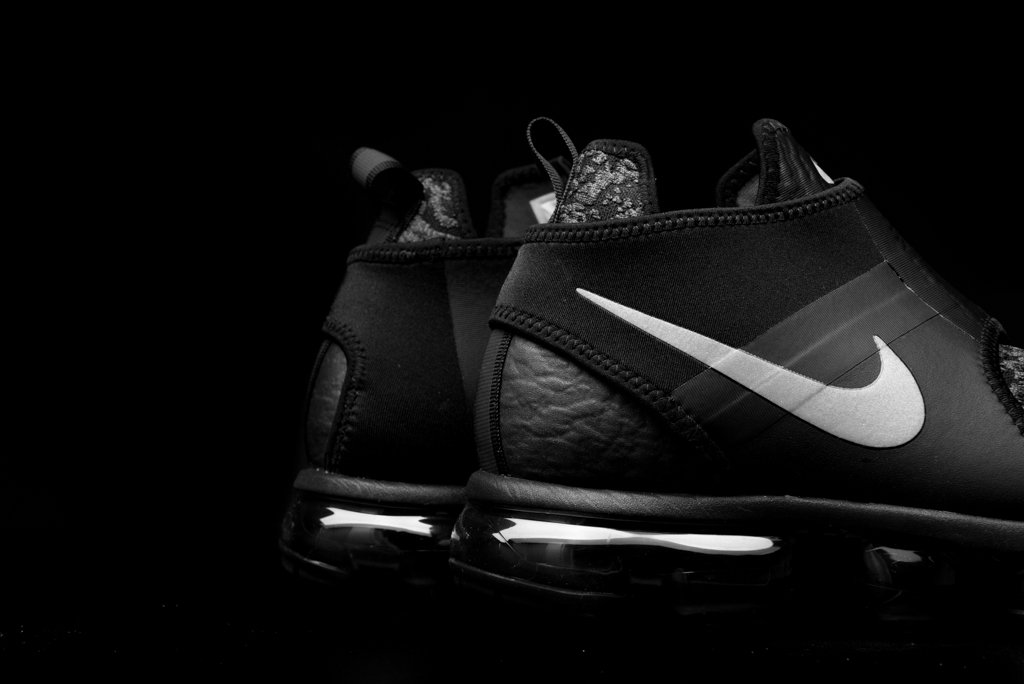 f1c9facf1ed Nike Air VaporMax Chukka Slip ...