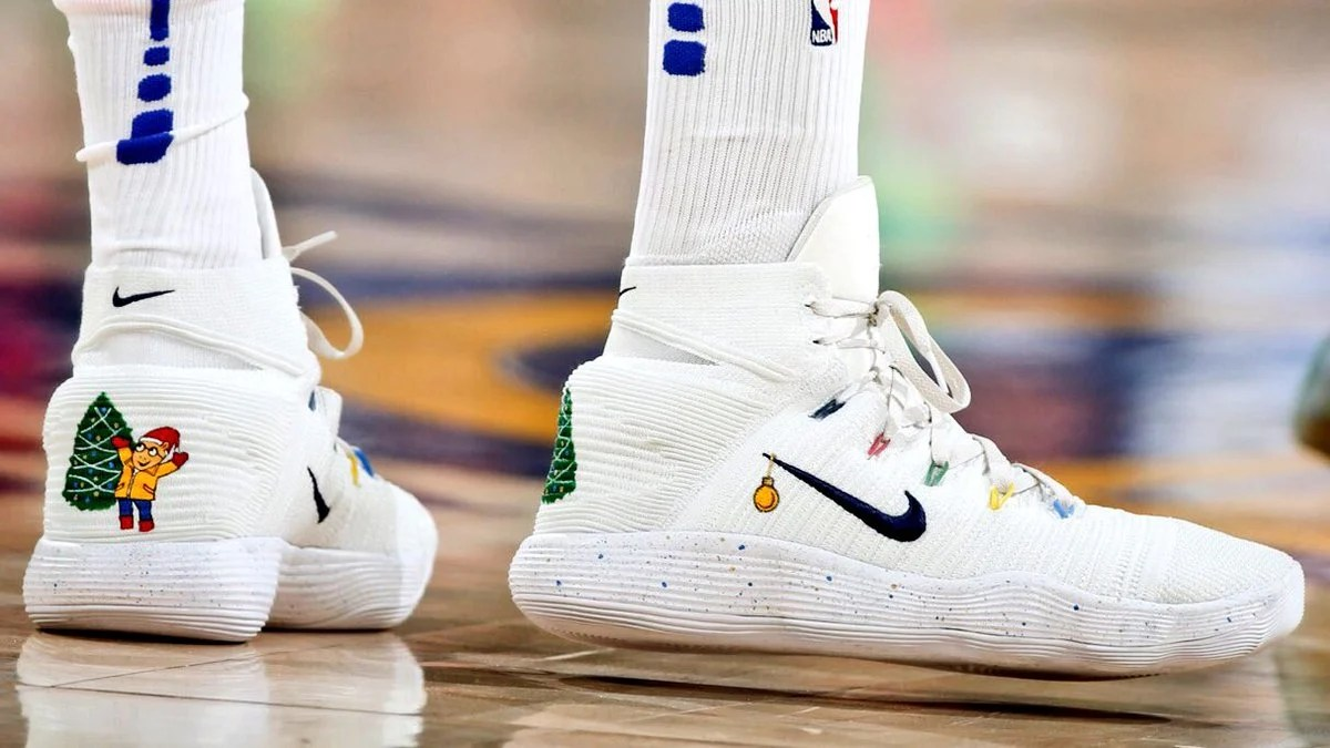 c9c0559bc059 shopping latest nike hyperdunk 2017 draymond green red white basketball  shoes fdf79 b90ea  france no matter the exact meaning of his shoes greens  christmas ...