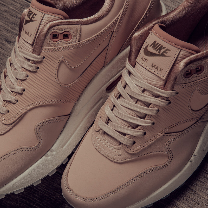 Nike Premium Femme's Air Now 1 Particle Max Beige Available zwz1I