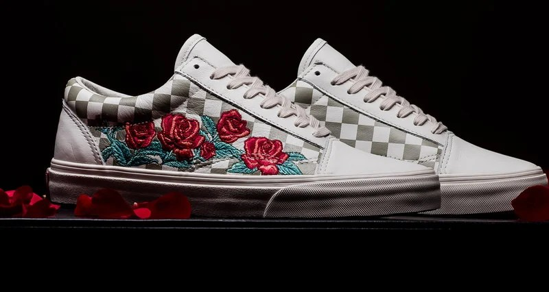 """0a4564e9d971f5 Vans Old Skool DX """"Rose Embroidery""""    Available Now"""