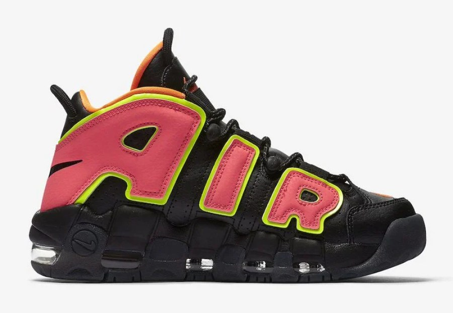 "Nike Air More Uptempo ""Hot Punch"""