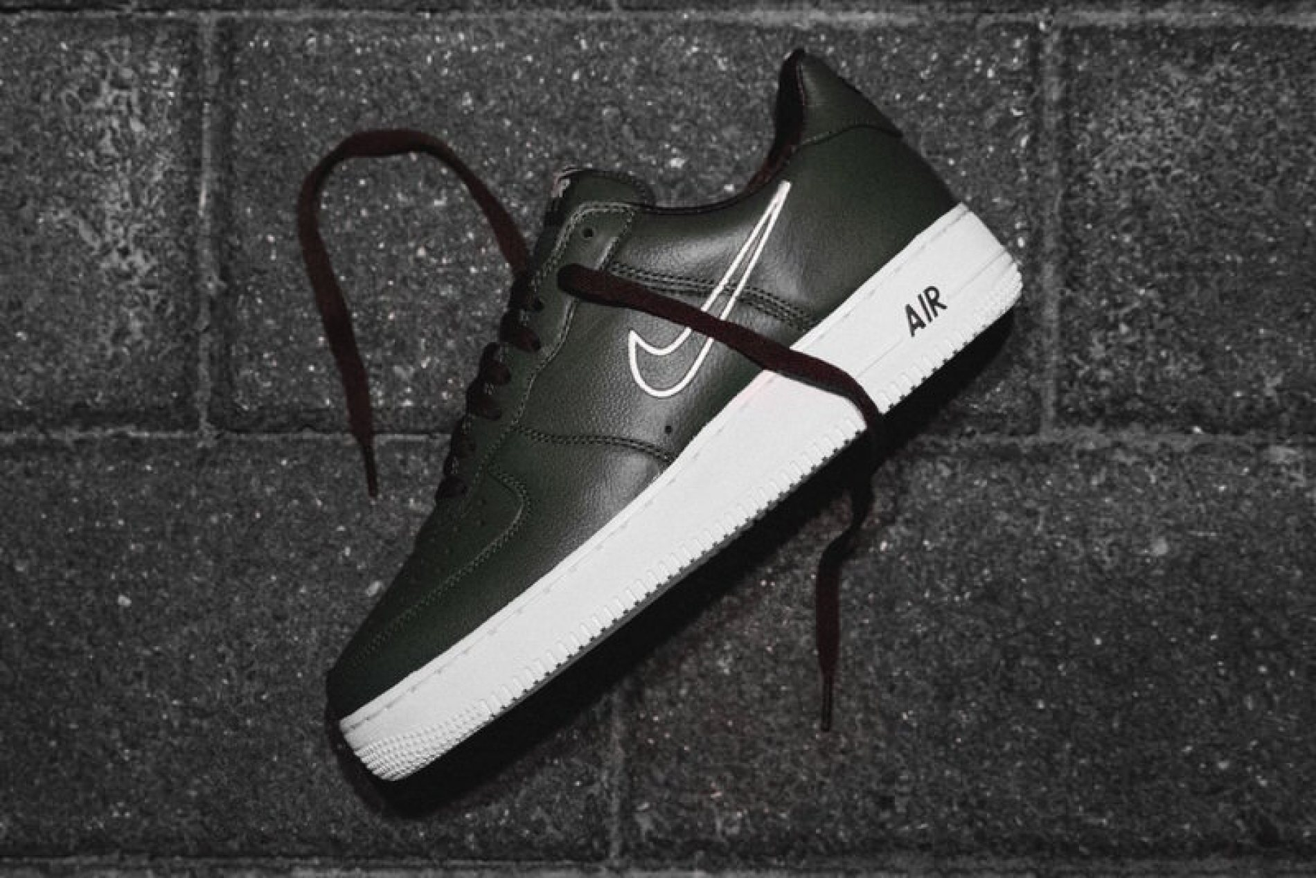 "Nike Air Force 1 Low ""Hong Kong"""