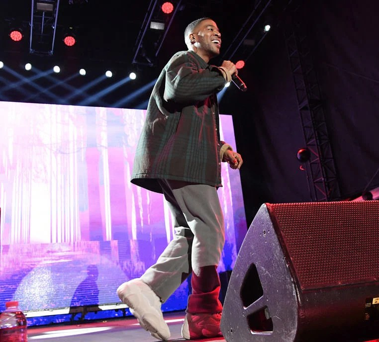 Even legends are inspired by other legends. Wearing Yeezy's with over-sized essentials like Cudi is Kanye approved.