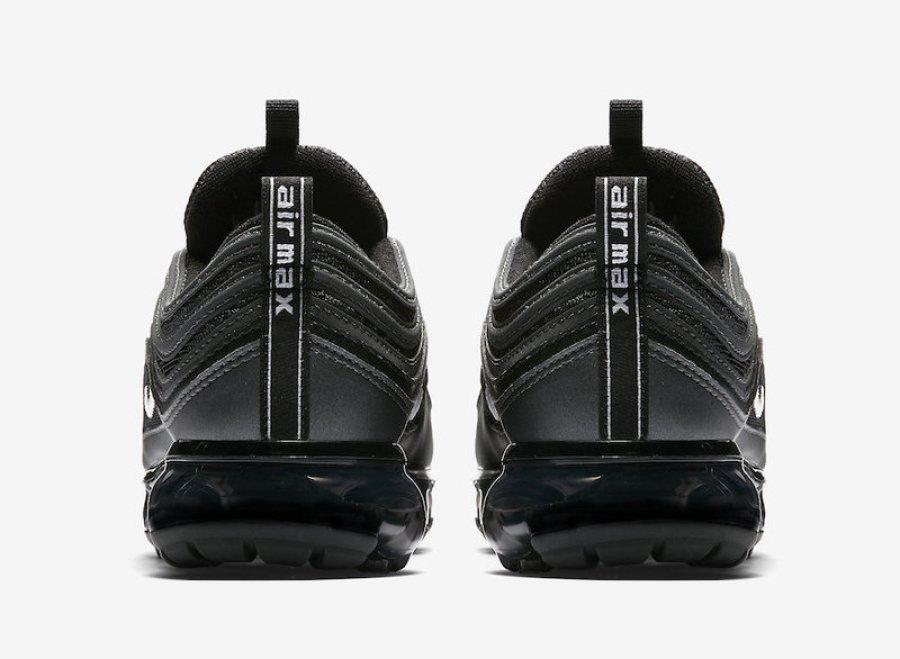 4f84e68fad Nike Air VaporMax 97