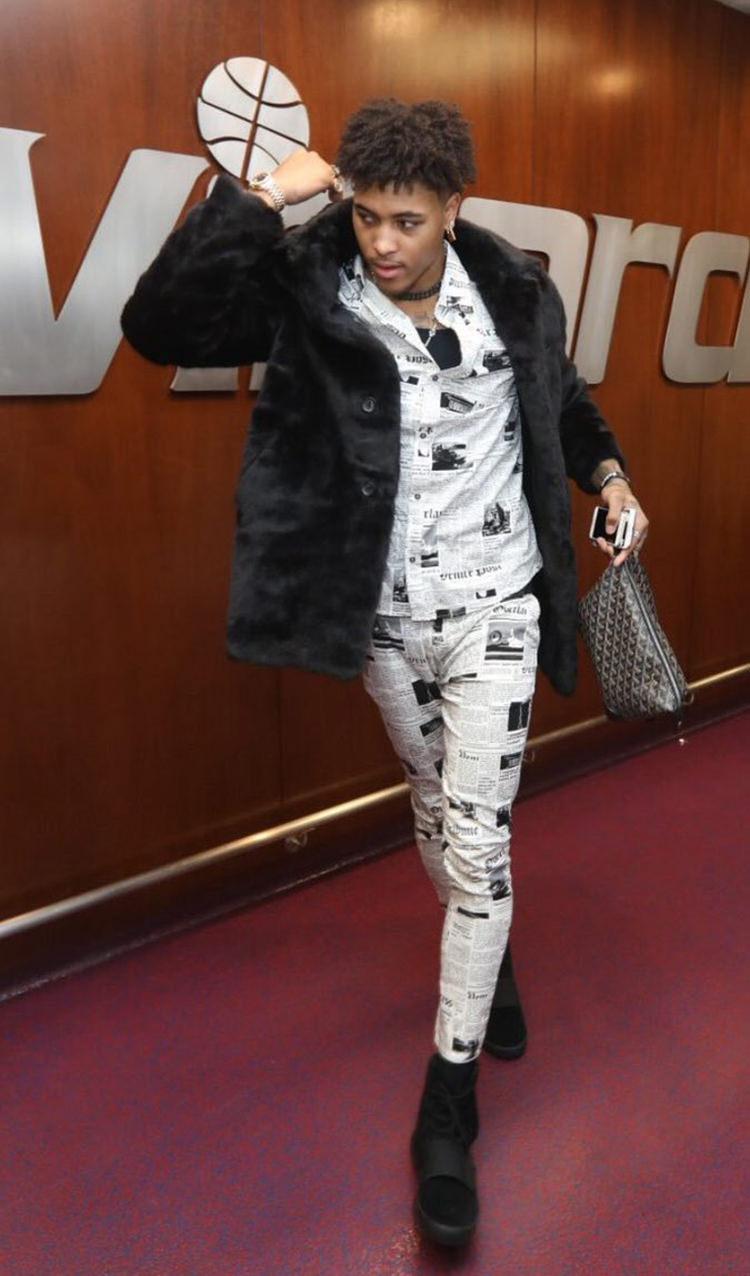 R Kelly Fashion Style