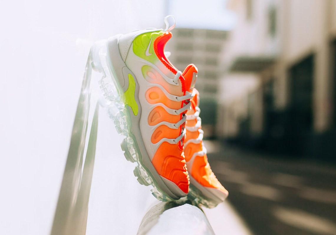 "Nike Air VaporMax Plus ""Reverse Sunset"""