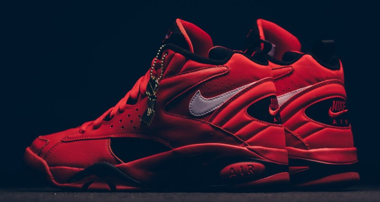 "best sneakers 2f5d5 66169 Nike Air Maestro II ""Trifecta"" Pays Tribute to Scottie Pippen"