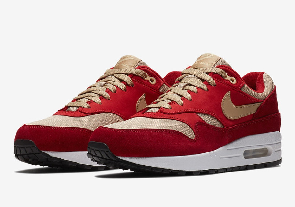 "Nike Air Max 1 ""Curry"" Pack"