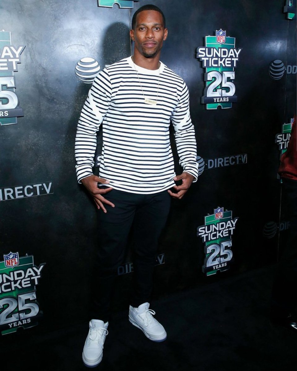 3ef235b8 ... Victor Cruz in the Air Jordan 3 Retro