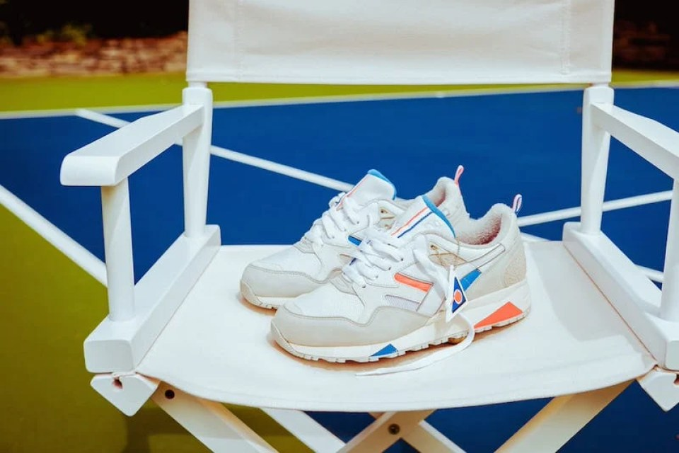 Packer Shoes x Diadora N.9002