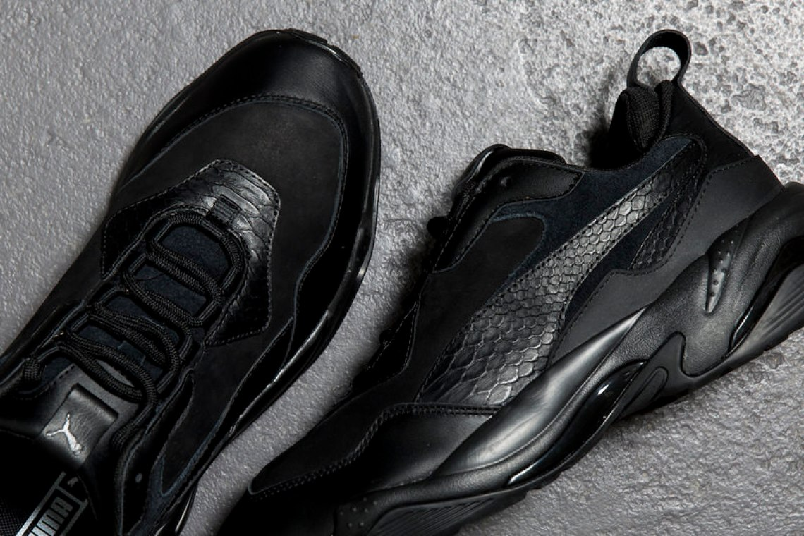 "PUMA Thunder Desert ""Triple Black"""