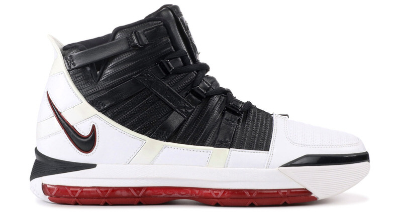 700bbc253dc6 Nike LeBron III    Throwback Thursday