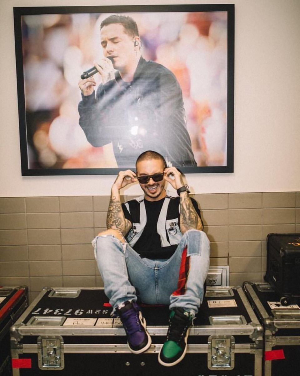 "J Balvin in the Air Jordan 1 Retro High OG ""Pine Green"" & Air Jordan 1 Retro High OG ""Court Purple"""