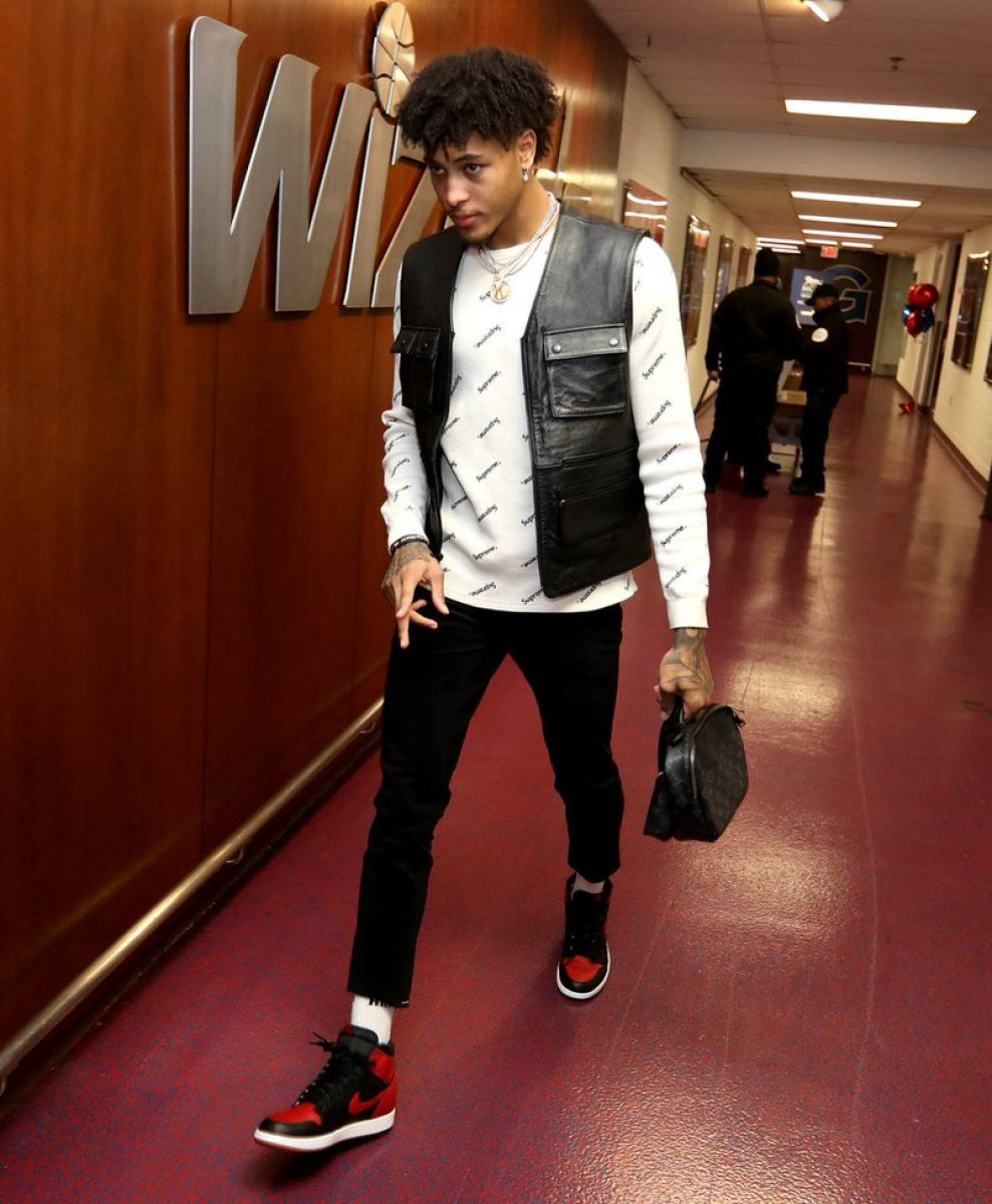 """Kelly Oubre in the Air Jordan 1 """"Bred"""""""
