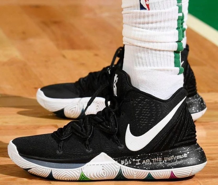 "info for 8209a 9539f Utah Jazz (Steve Babineau NBAE via Getty Images) Kyrie Irving in the Nike  Kyrie 5 ""Black Magic"" vs."