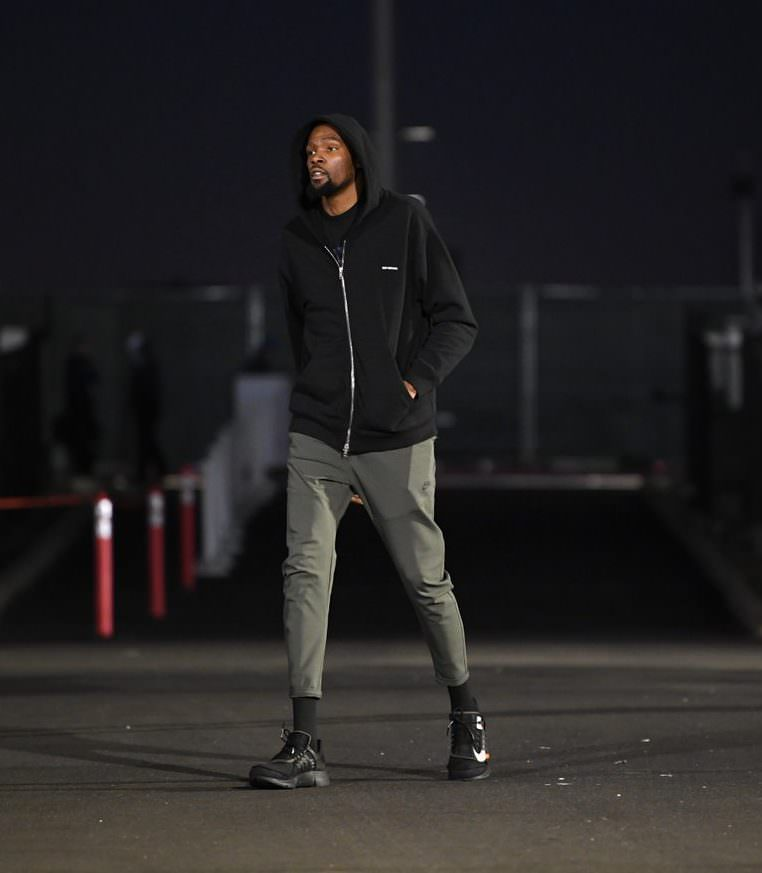 "Kevin Durant in the Off White x Nike Air Presto 2.0 ""Black"""