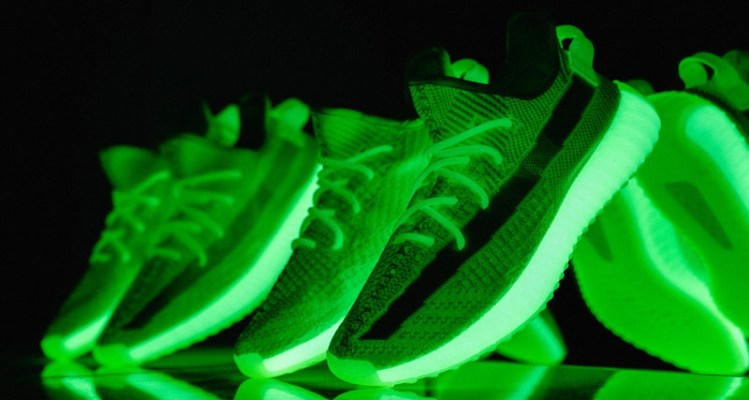 "c64ab3936f639 See the adidas Yeezy Boost 350 V2 ""Glow in the Dark"" Live Up to Its Nickname"