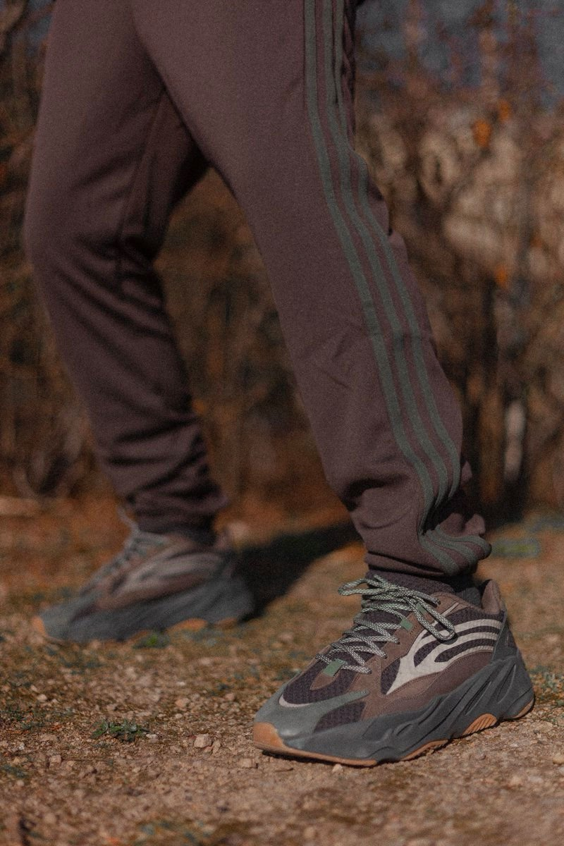 Adidas Yeezy Boost 700 V2 Geode Review & On Feet