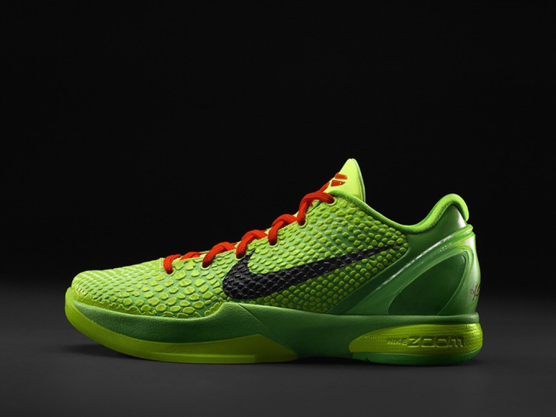 "online store 46ef8 6f731 Nike Zoom Kobe 6 ""Grinch""    Throwback Thursday"