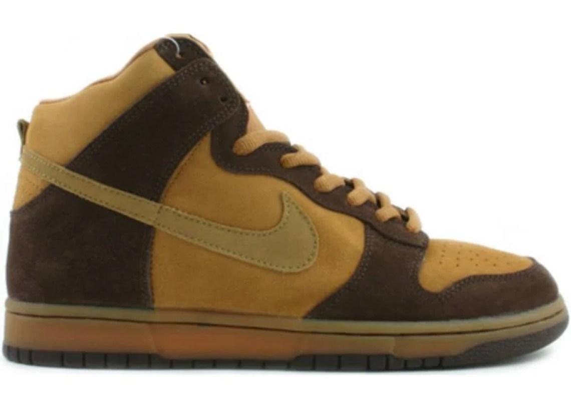 brand new 8a02f e843a Nike SB Dunk High