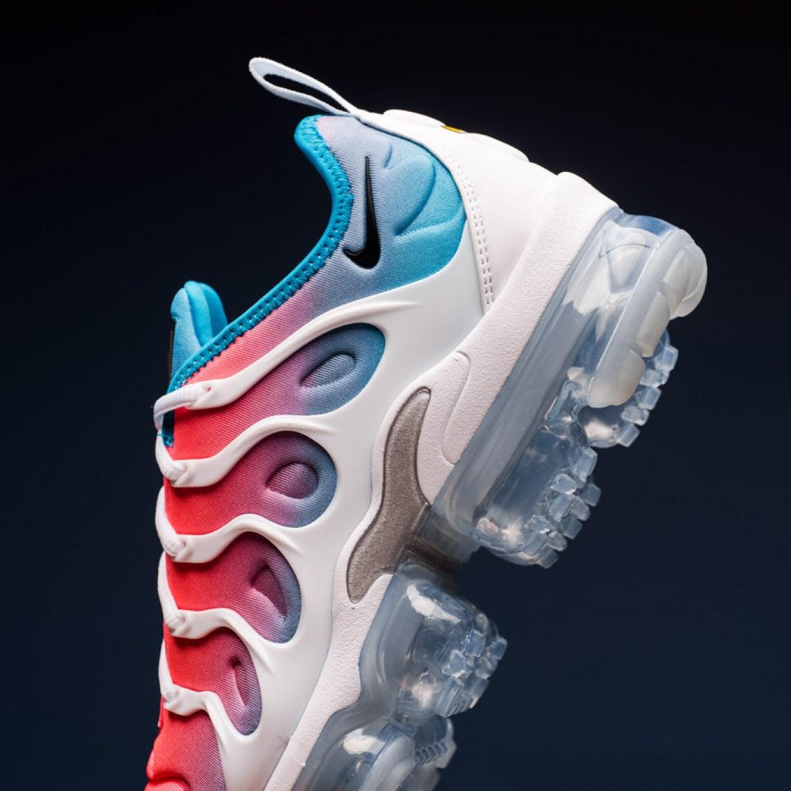 Nike WMNS VaporMax Plus