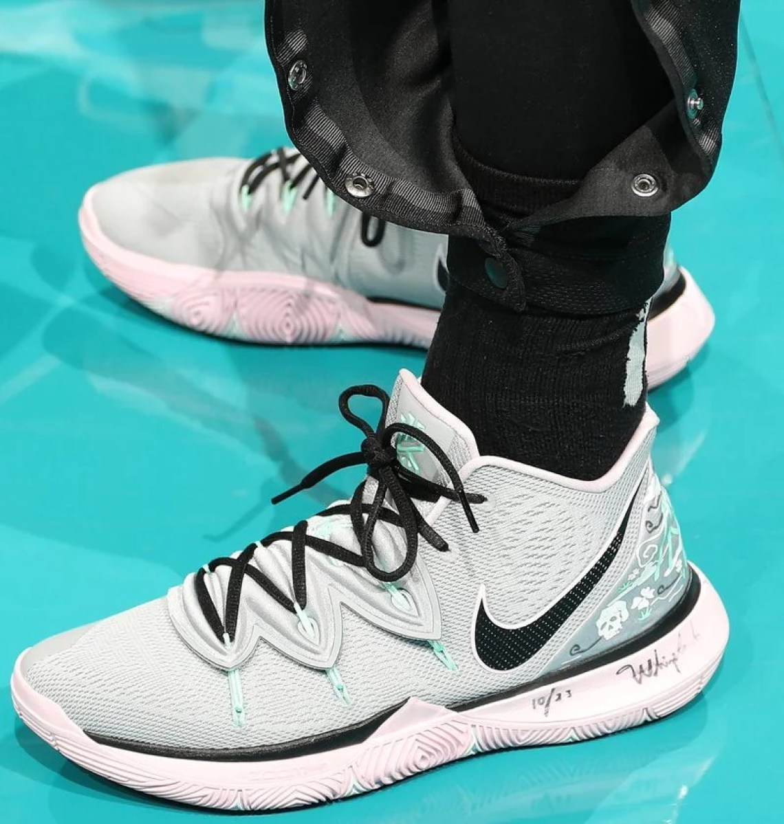 wholesale dealer e8355 f1d58 ... Kyrie Irving in the Nike Kyrie 5 PE vs. Charlotte Hornets (Kent  Smith NBAE via Getty Images) ...