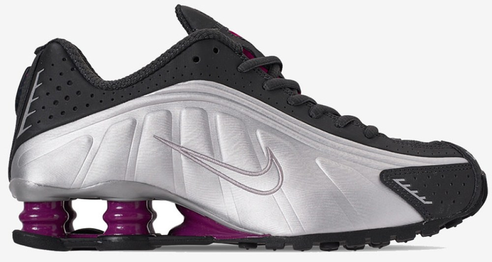 "new arrival 24380 c0a9a A First Look at the Nike Shox R4 ""True Berry"""