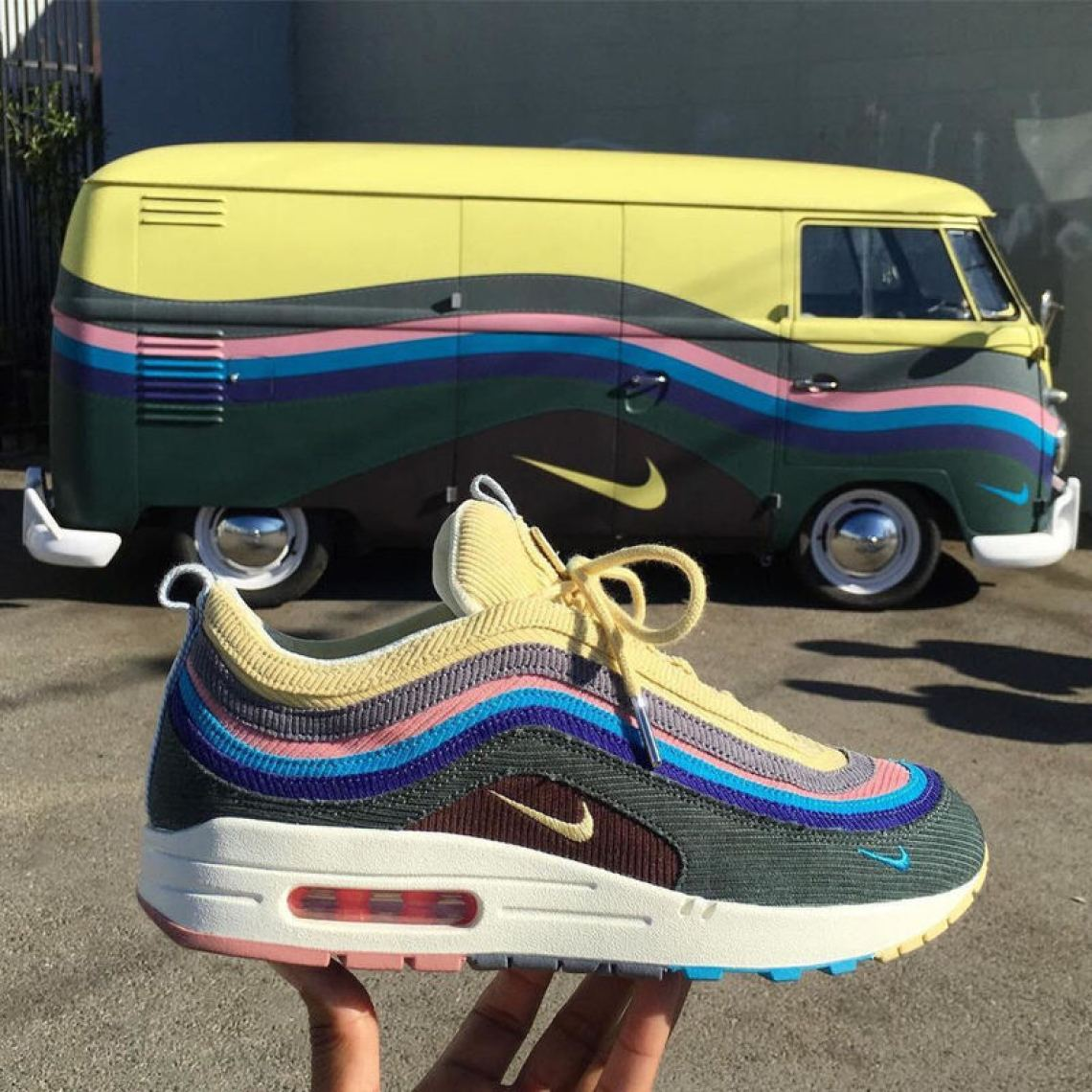 The first look at Sean Wotherspoon's Air Max 1/97 hybrid.