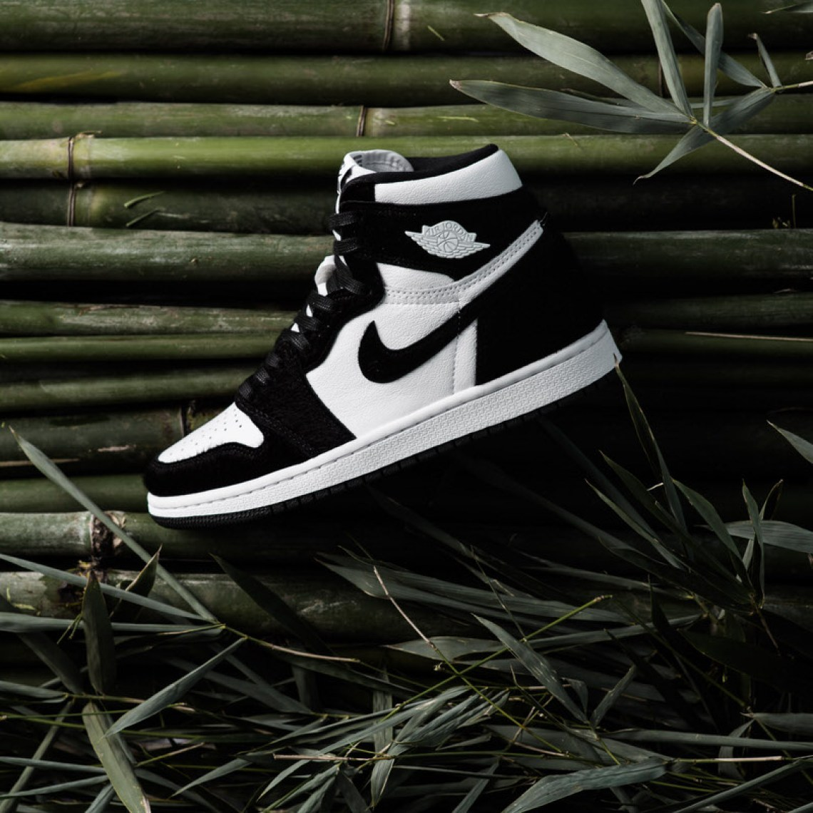 outlet store f9c6d 80674 Air Jordan 1 Retro High OG WMNS. Colorway  Black Black-Metallic Gold-white.  Style    CD0461-007. Release Date  May 10, 2019. Price   160