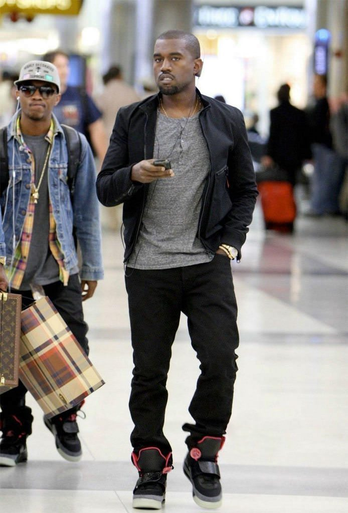 743cbe8a29d6 Kanye West Debuted the Black Pink Nike Air Yeezy 1s 10 Years Ago ...