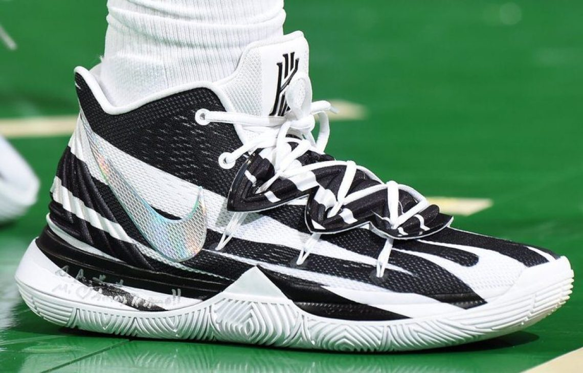 finest selection caab6 db567 ... Kyrie Irving in the Nike Kyrie 5 PE vs. Miami Heat (Brian Babineau NBAE  via Getty Images) ...