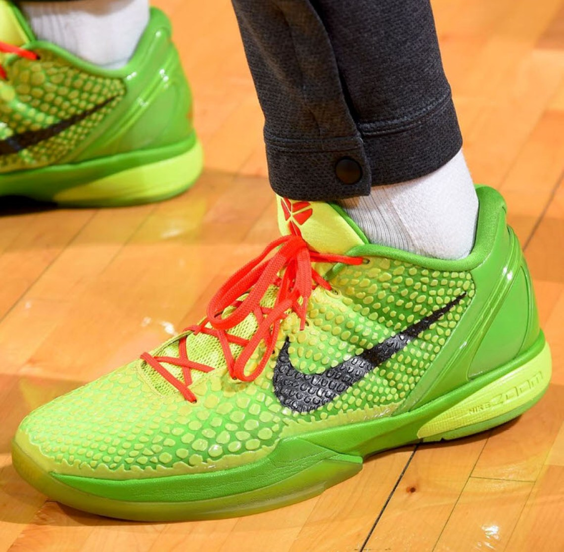 "78f34926f1e9 ... PJ Tucker in the Nike Zoom Kobe 6 ""Grinch"" (photo via Sole Collector)  ..."