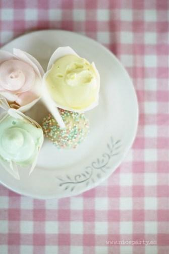 Nice Party Comunión bosque Mesa de dulces y decoración (16)