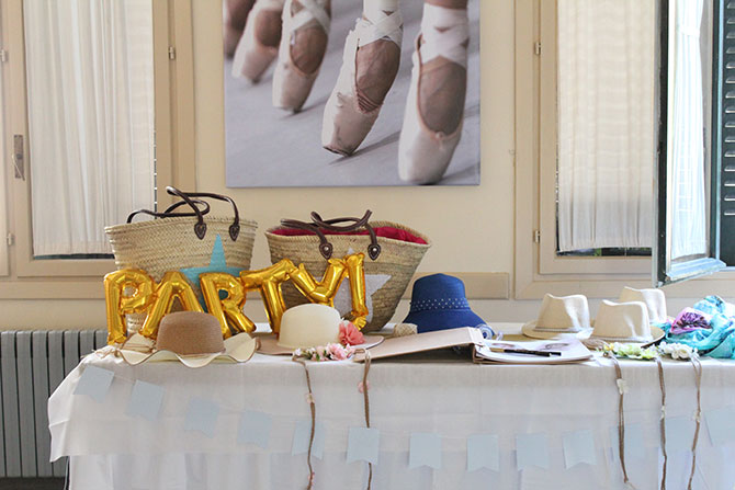 Nice Party fiesta 70 cumpleaños decoración y mesa de dulces dorado (4)