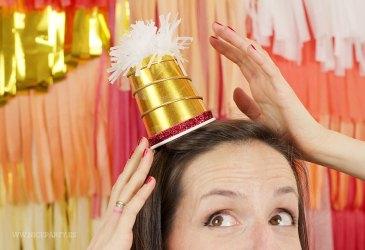DIY gorros de fiesta con vasos de papel