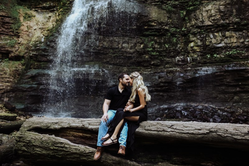 ontario elopement photographer