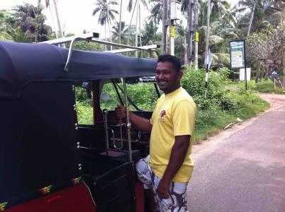 Sudu - Tuk Tuk Tour Driver2