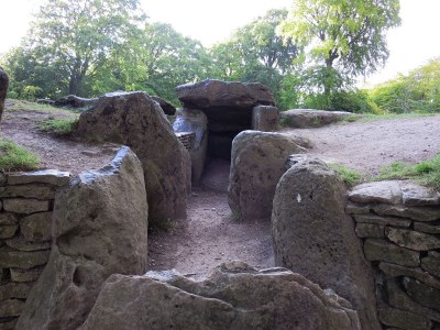 Entrance to the stone chambered tombs of Wayland's Smithy