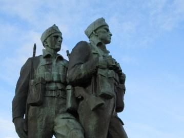 commando-memorial-faces