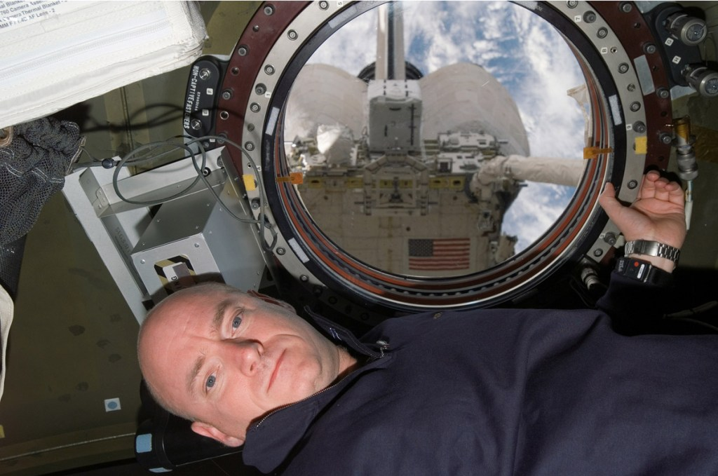 Astronaut Scott Kelly STS-118 commander
