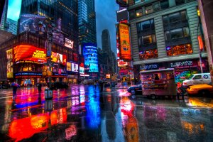 Times_Square_In_The_Rain_by_pennuja