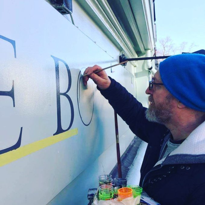 kirkdale-bookshop-by-ngs-signwriting-london-1