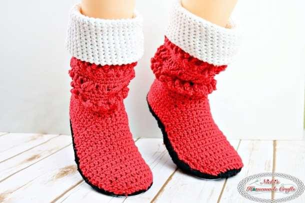 Adult Christmas Santa Booties - Free Crochet Pattern