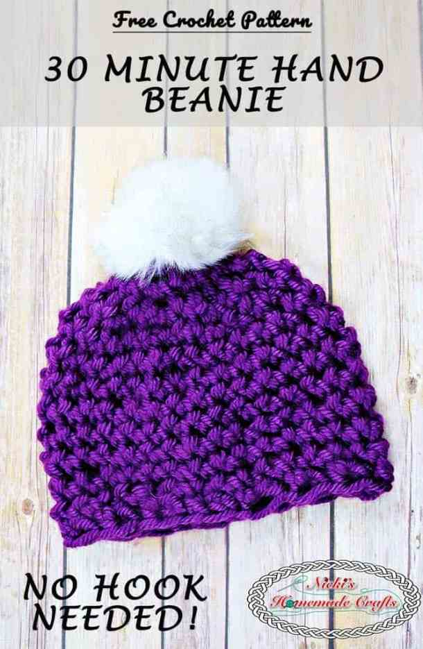 30 Minute Hand Beanie by Nicki's Homemade Crafts - Free Crochet Pattern This beanie is made with simply one skein of yarn and your hands. No crochet hook is needed. It comes with a full video tutorial as well. #freecrochetpattern #crochet #beanie #hat #quick #easy