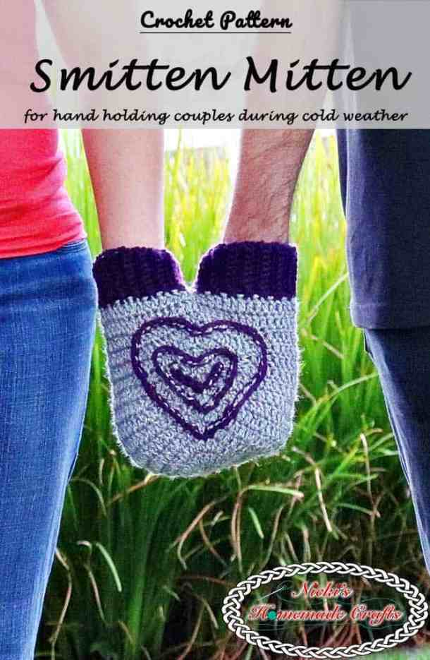 Smitten Mitten for hand holding couples - Free Crochet Pattern by Nicki's Homemade Crafts #crochet #smitten #mitten #couple #hand #holding #free #pattern #valentinesday #heart #hearts #valentine